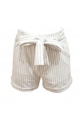 Highwaist Pinstripe Shorts White