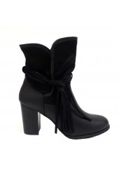 Tassel Boot Black