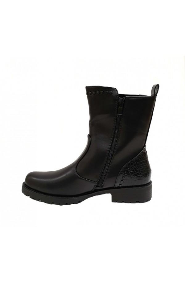 Stud Trim Boot Black