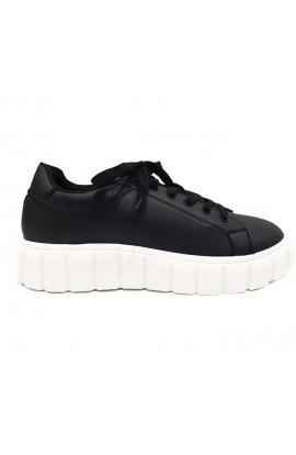 Flatform Trainers  Black