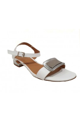 Buckle Front Flats White